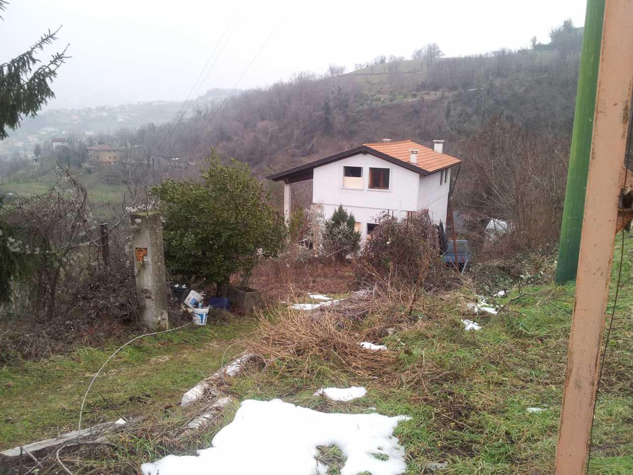 A cornedo casa singola al grezzo recentissima con mq - Costo costruzione casa al grezzo ...